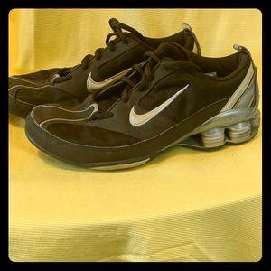 Nike Shox Size 7.5 Ladies Brown